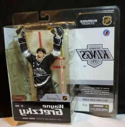 2004 McFarlane NHL Series 1 Wayne Gretzky #99 Los Angeles Ki