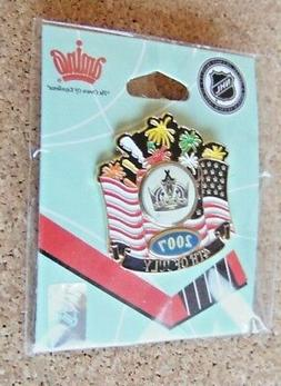 2007 LA Los Angeles Kings 4th Fourth of July lapel pin NHL