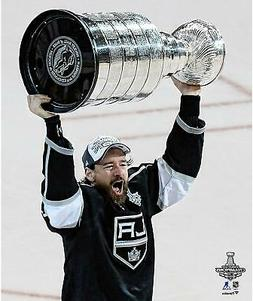 Justin Williams Los Angeles Kings 2014 SC Champs Raising Cup
