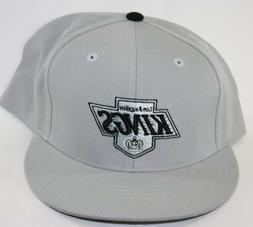NEW Los Angeles Kings MITCHELL & NESS NHL Hockey Silver Fitt