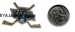 NHL Los Angeles Kings Crossed Hockey Sticks Pin Sealed NIP O
